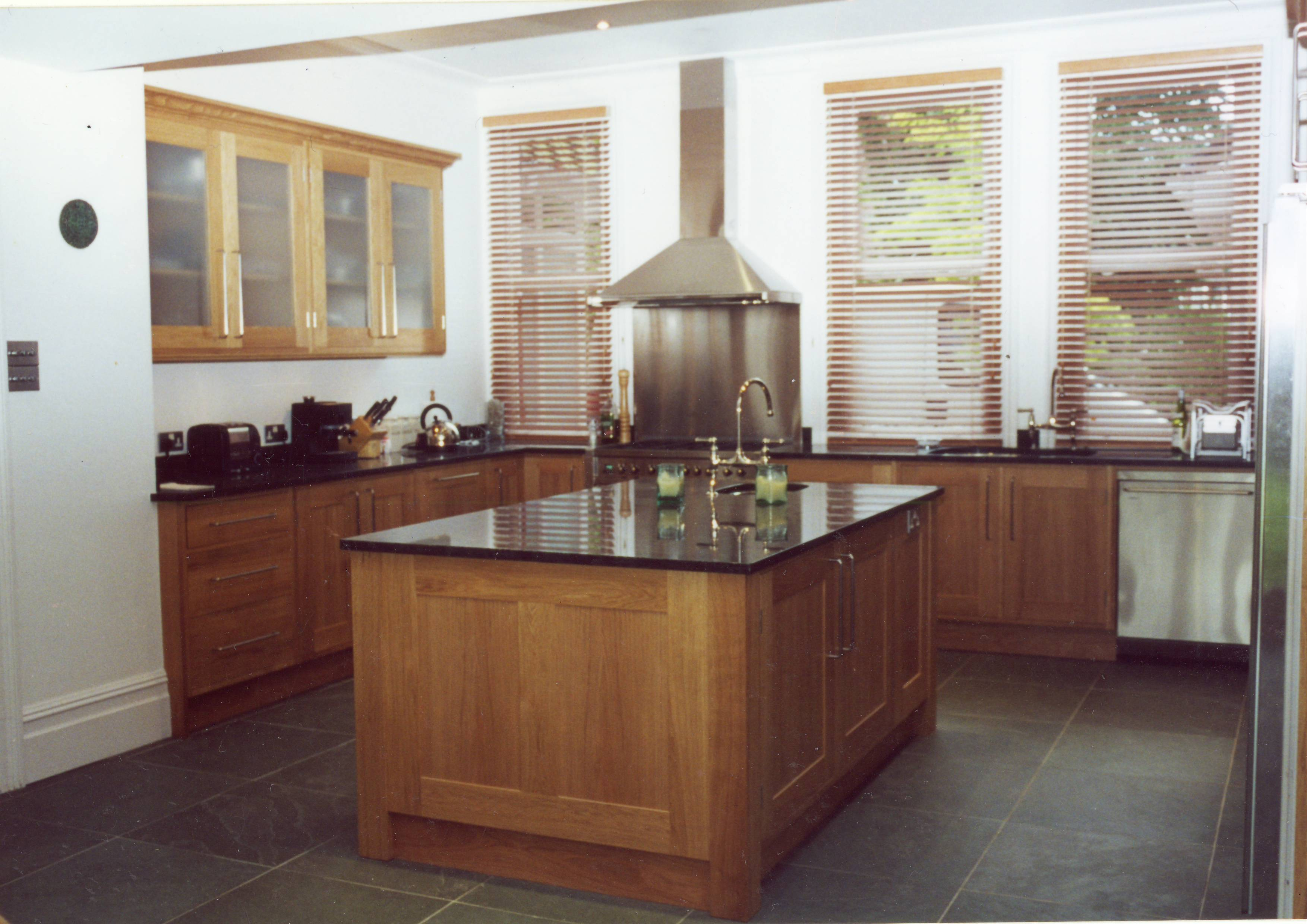 Handmade bespoke kitchens broughton joinery fitted for Handmade kitchens